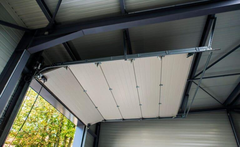 Construction neuve hangar neto porte