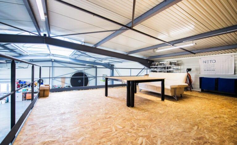 Construction neuve hangar neto toit