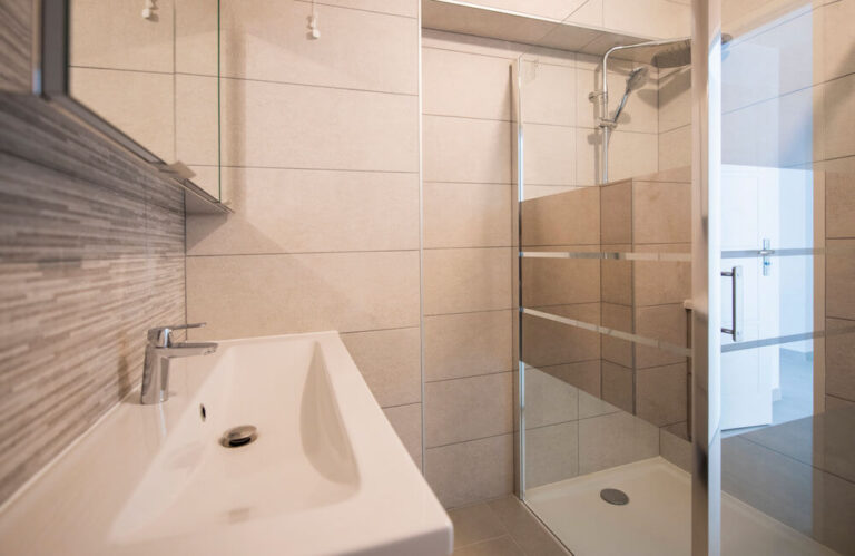 Logement neuf immeuble Pasteur orléans salle de bains